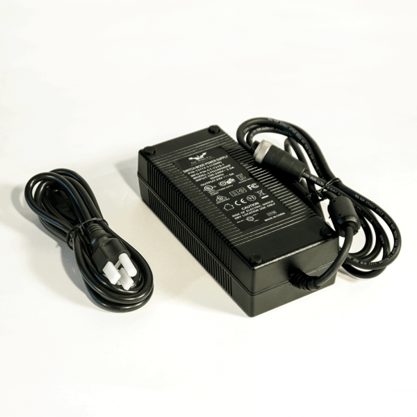 100-240v (50/60hz) Transformer for (3) LED-1936 Machine Lights